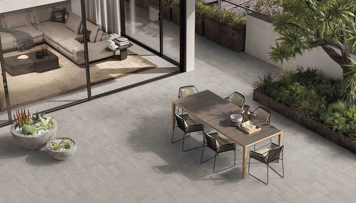 Externa Cotto commercial light grey terracotta 3111